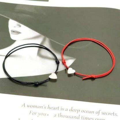 Páros barátnős és anya-lánya pamut karkötő - fekete - piros